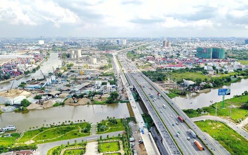 Hạ tầng giao thông hoàn thiện, các dự án Long An hút khách